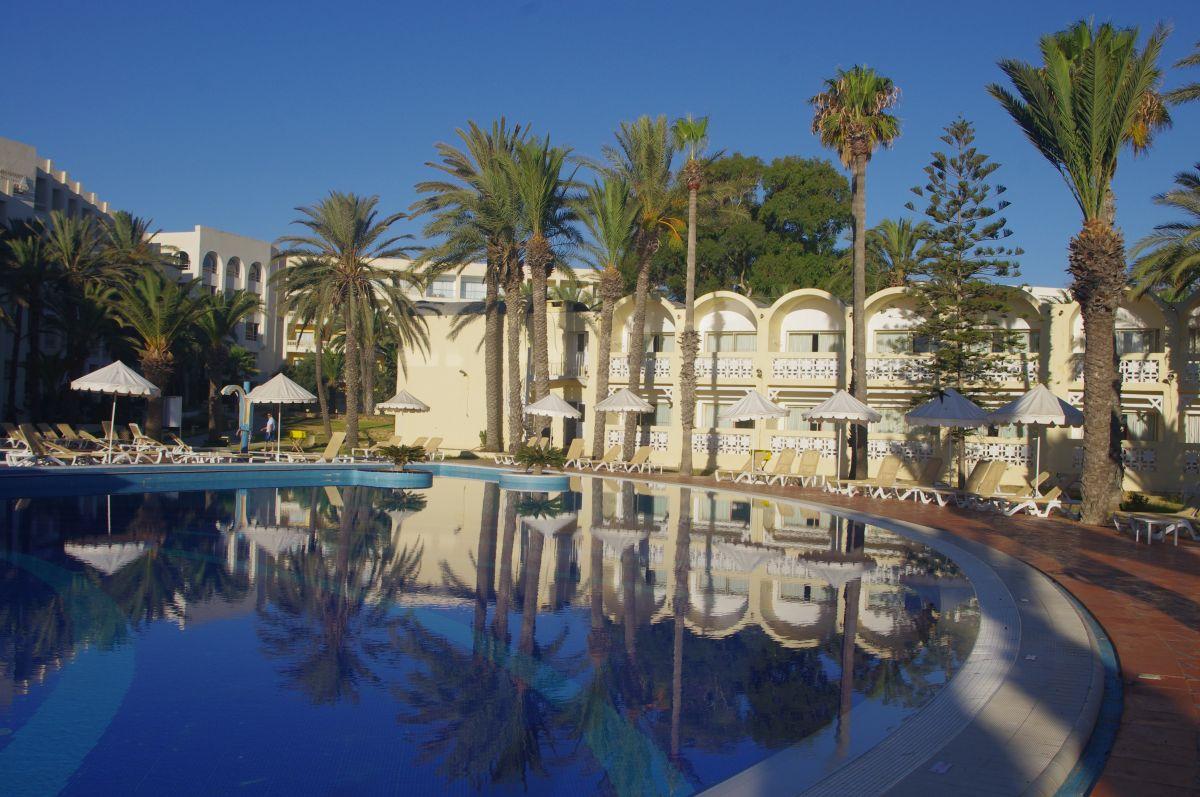 Marhaba Resort bazén