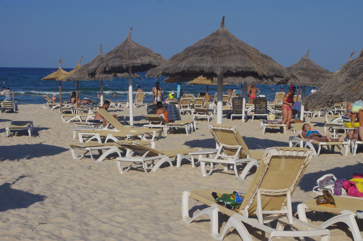 pláž u Marhaba Resortu